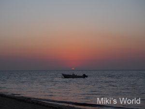 モザンビーク海峡に沈む夕日