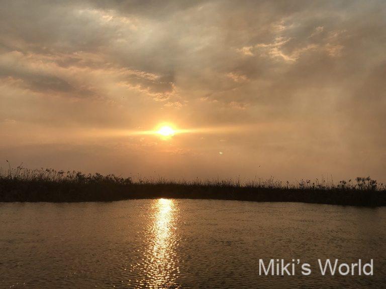 カバンゴ川の夕日
