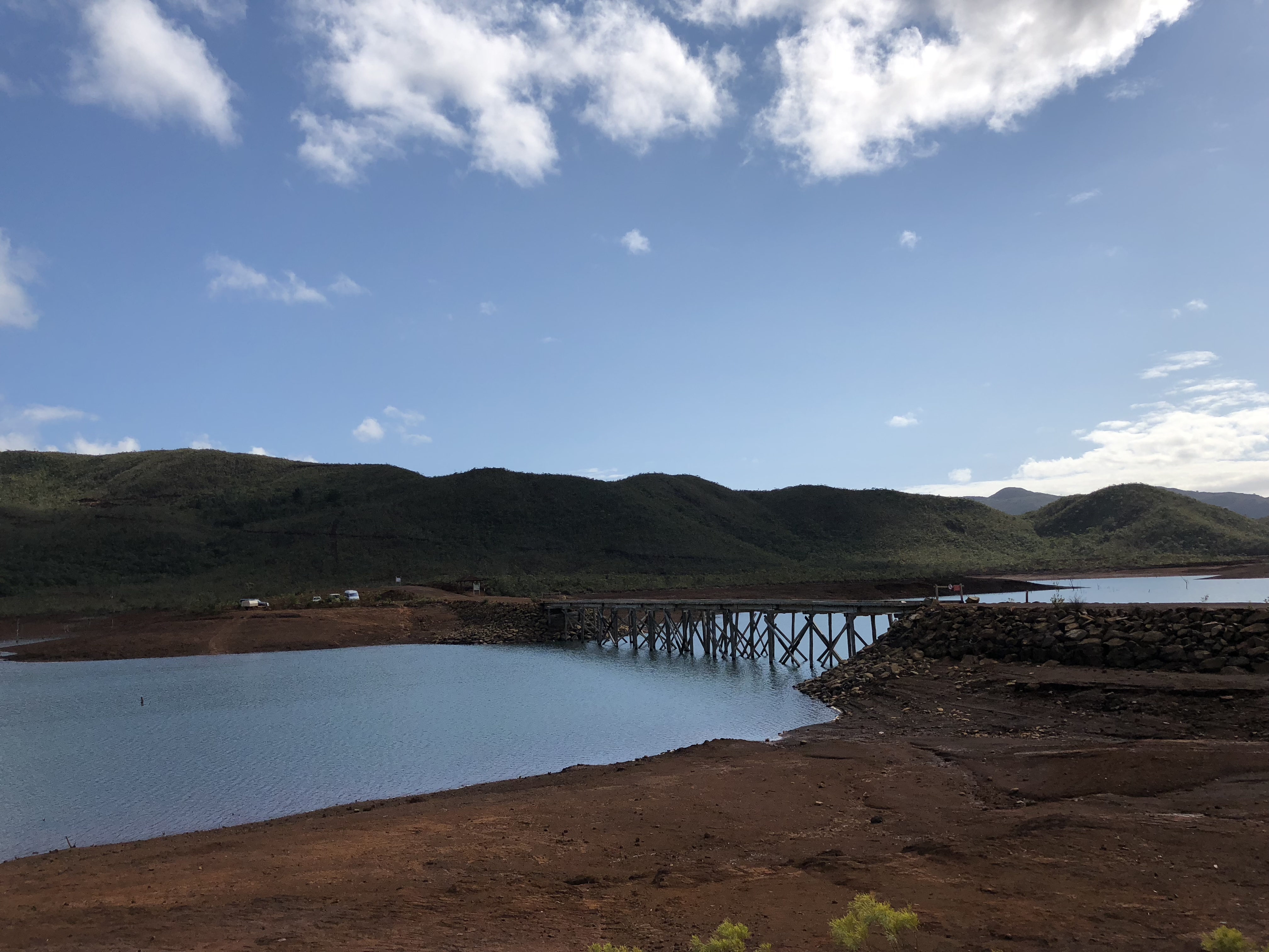 ニューカレドニアの写真で動画作ってみました