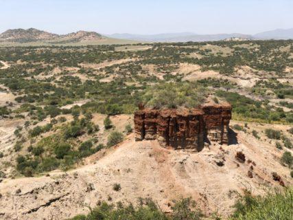 東アフリカ・タンザニア 人類発祥の地 オルドバイ渓谷 Oluduvai Gorge